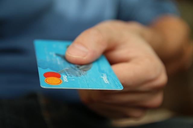 výběr z bankomatů zcela zdarma